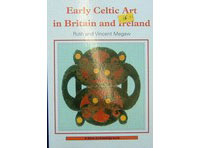 Early-Celtic-Art-in-Britain--Ireland-(Shire)
